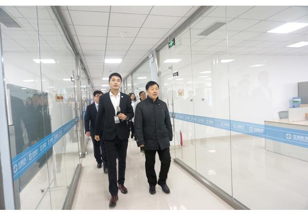 泰安高新区党工委书记、管委会副主任李诚实